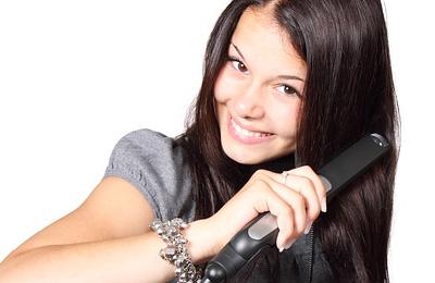 faire pousser les cheveux plus vite truc et astuce. Black Bedroom Furniture Sets. Home Design Ideas